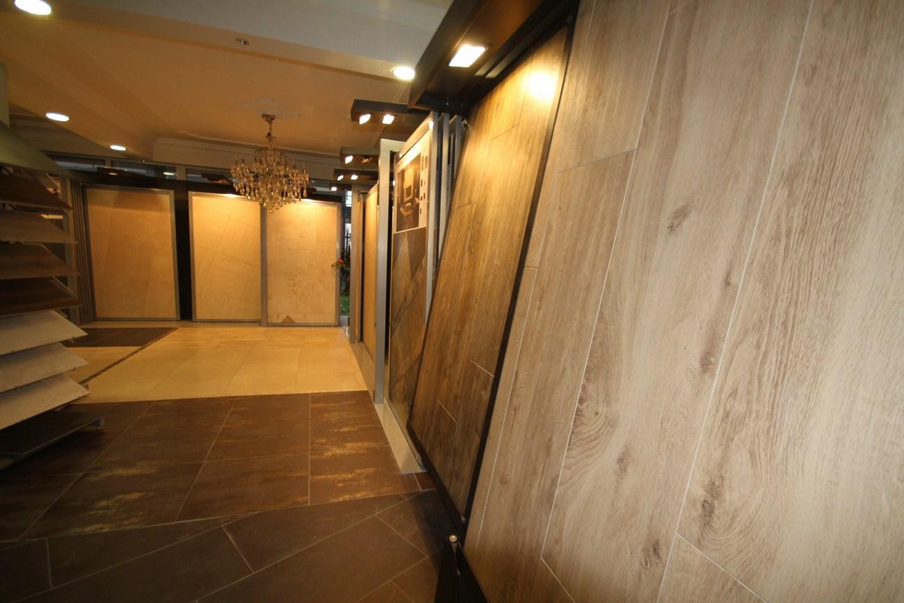 Gepolijst tegels - showroom-vloertegels-3-